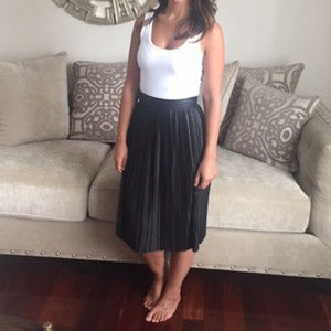 Guess Black Pleated Skirt